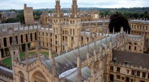 Oxford, Stratford, Cotswolds & Warwick Castle Day-Tour Tickets