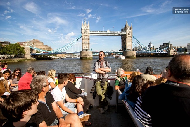 Thames River Cruise Hop On Hop Off Tickets