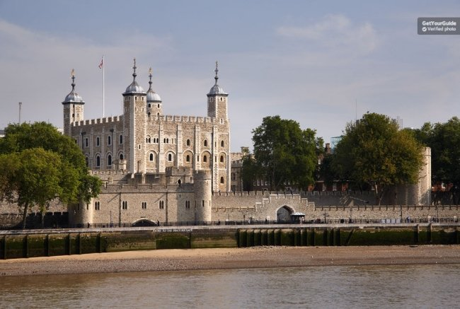 Tower of London Ticket with Crown Jewels Exhibition Tickets