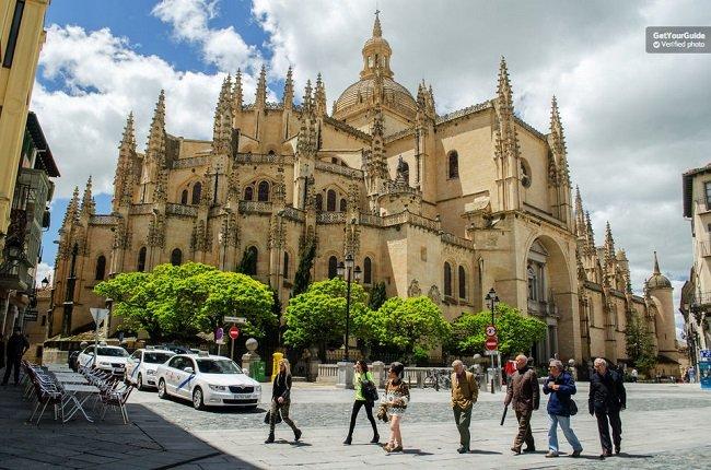 Avila and Segovia Tour Full-Day from Madrid Tickets