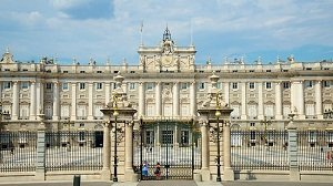 Royal Palace of Madrid Skip-the-Line Tour  Tickets