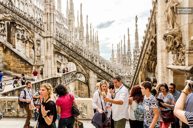 Skip the line Milan Duomo Tour with Rooftop Access Tickets