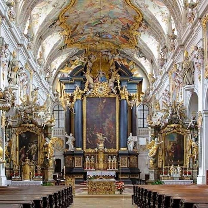 Munich to Regensburg Guided Day Trip Tickets