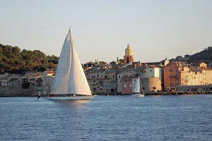 Nice to Saint Tropez by Boat Round-Trip  Tickets