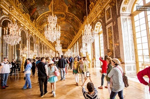 Skip the Line Half Day Versailles Guided Tour with Transfer Tickets