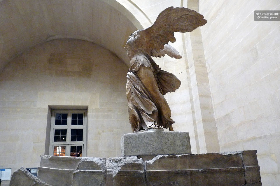Ultimate Louvre: 2-Hour Skip-the-Line Guided Tour Tickets