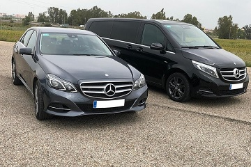 Transfer Airport Hotel in Seville with executive cars minivans and minibuses