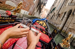 Private Venice Gondola Ride Romantic Tickets