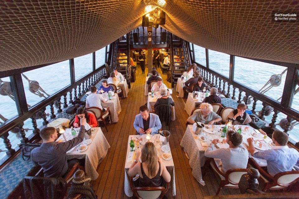 Venetian Lagoon Tour and Galleon Dinner Tickets
