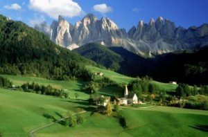 Dolomite Mountains, Cortina Day Trip from Venice Tickets