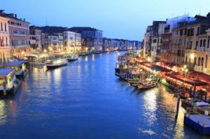 Best Walking Tour of Hidden Venice and Iconic Gondola Ride