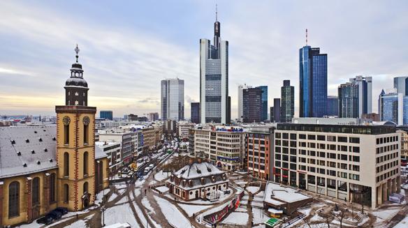 Frankfurt am Main: Skyline mit Dom und Fernsehturm