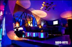 radio-hotel