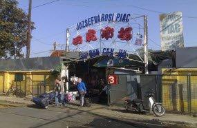 chinese-market-budapest-j-zsefv-rosi-piac-